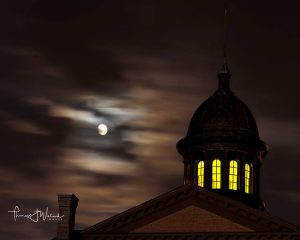 Courthouse by Candlelight Tours