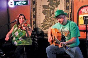 Live Irish Music: Paul & Lorraine at Charlie's...
