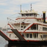 Mother's Day Boat Cruises