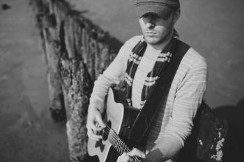 Live Music: Michael Shynes